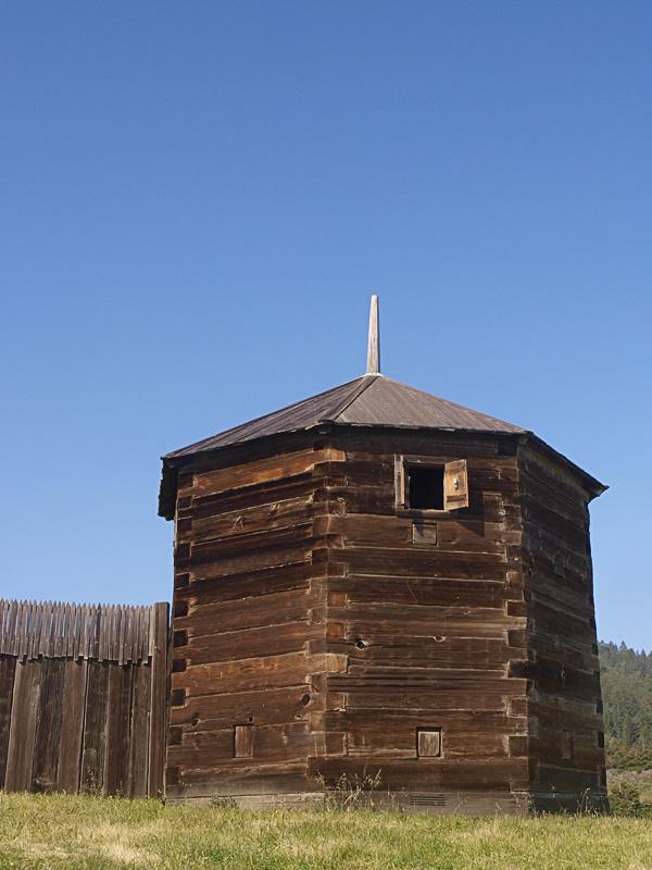 Fort Ross 03