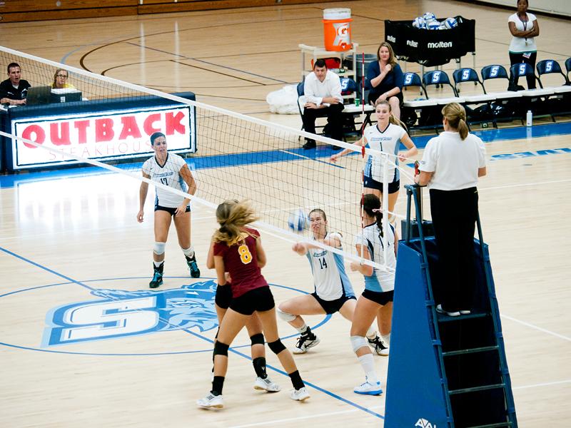 1er essai sport intérieur (Volley ball) 20110923_5156