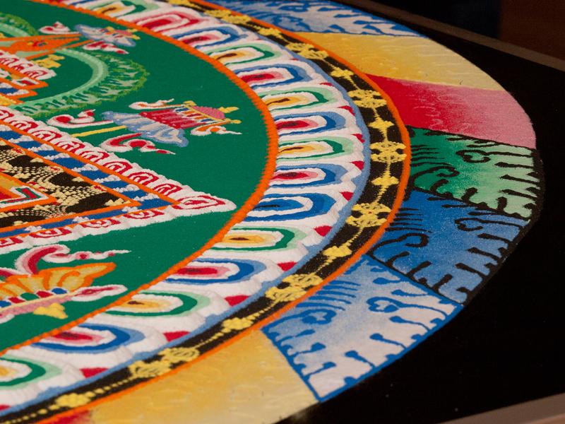 Arts tib tain mandala la peinture avec du sable page 2 for Peinture avec du sable